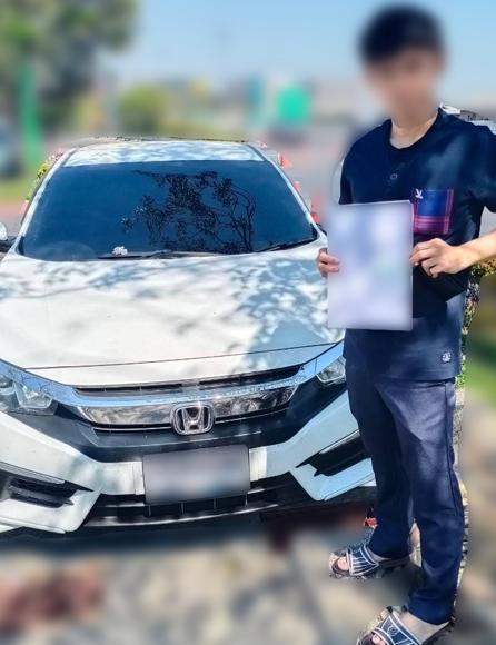 จำนำรถยนต์ด่วน - Customer #8